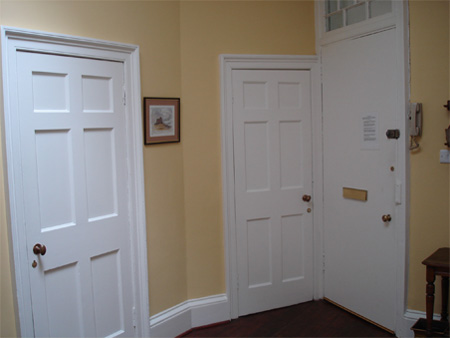 Front-hallway-4.jpg